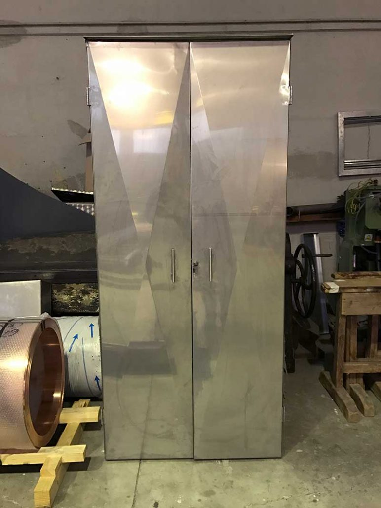 Armadio in acciaio Inox su Misura